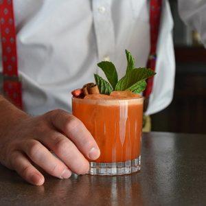 Leon's-Full-Service---Cocktail-1---Photo-by-Tori-Allen-PR